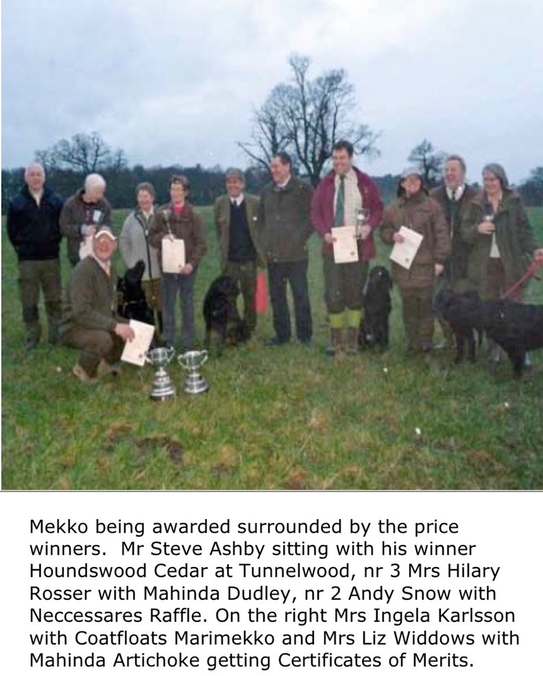 Mekko being awarded surrounded by the price winners